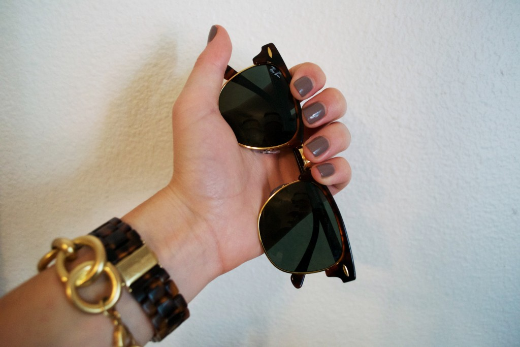 mani-monday-opi-berlin-there-done-that-lgip
